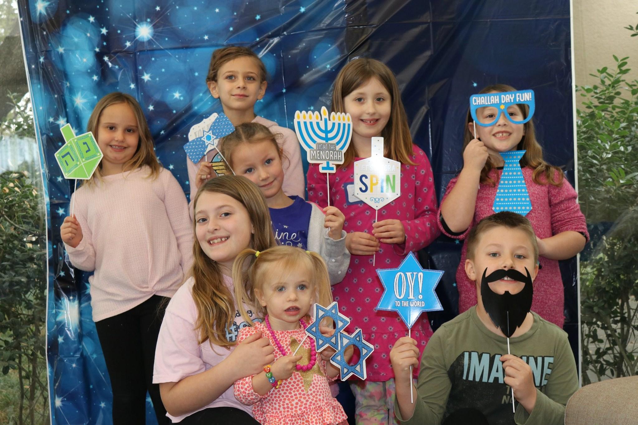 YF Hanukkah kids