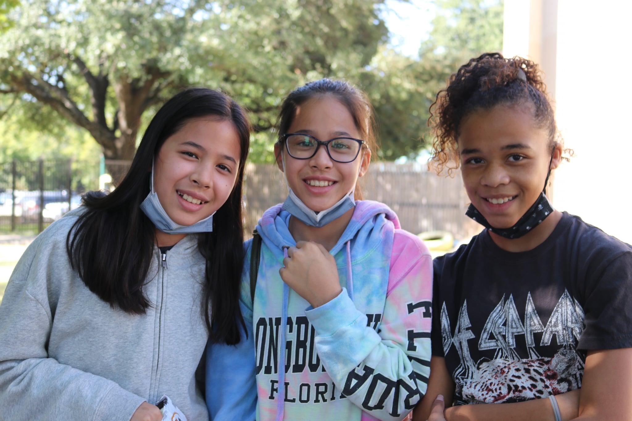 RS 9 26 three teen girls