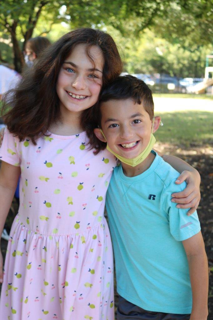 RS 10 3 girl and boy